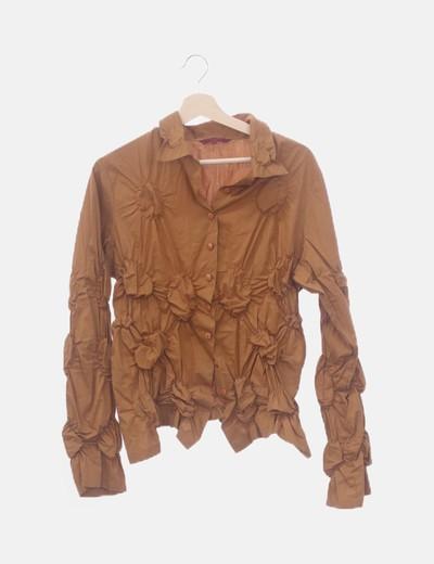 Camisa camel fruncida