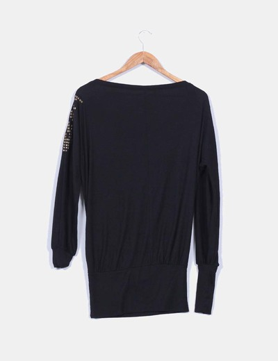 549ef5be4 Jersey negro con tachas oversize