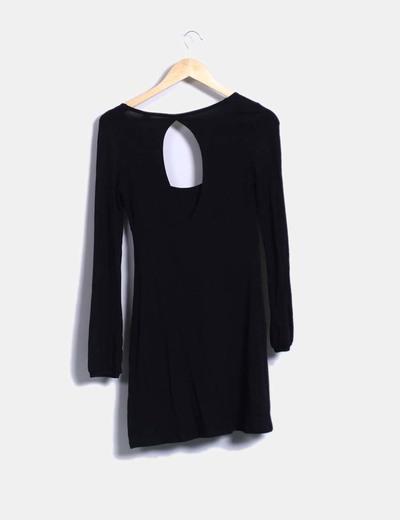 Vestido negro fluido detalle botones