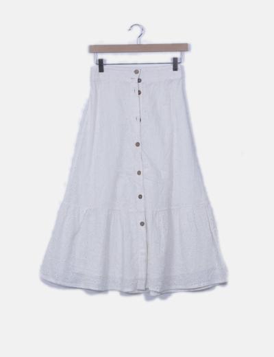 Falda blanca bordada con botones