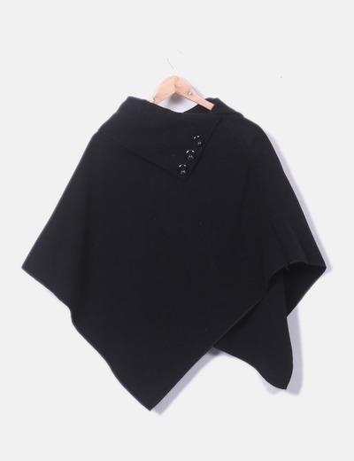 Poncho negro de paño