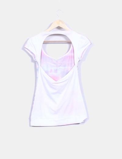 Camiseta print escote en espalda