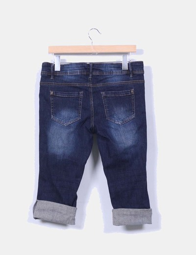 Pantalon denim pirata con bobladillo