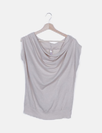 Camiseta tricot beige escote fluido