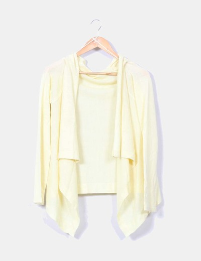 Cardigan amarillo