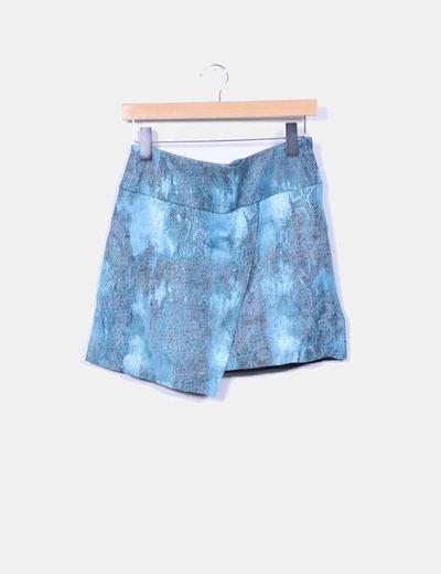 Mini falda asimétrica polipiel azul estampado H&M