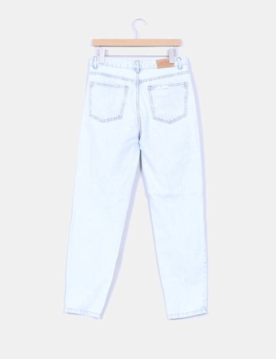 Jeans boyfriend claro con rotos