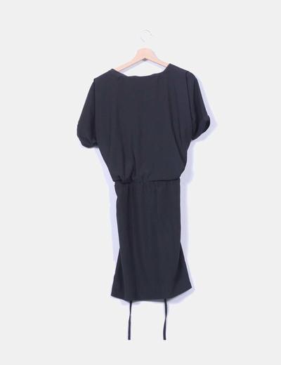 Vestido negro fluido detalle cremallera