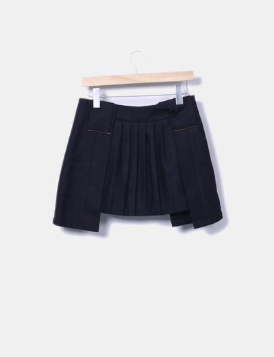 Minifalda negra plisada