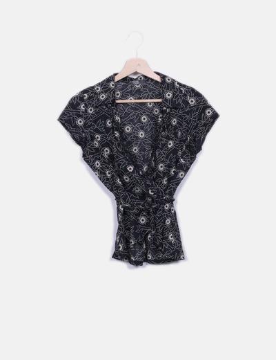 Camisa negra estampada cruzada Miriam Grant
