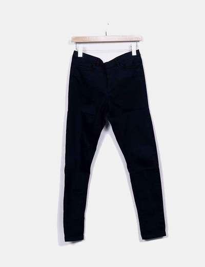 Pantalón denim negro con cremallera