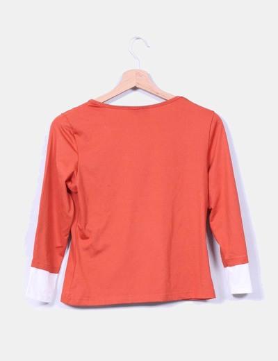 Camiseta color caldera combinada