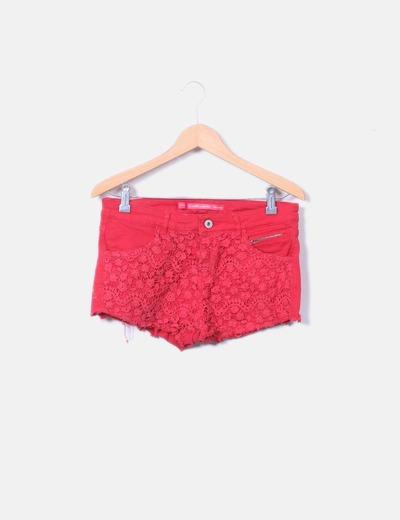 Red crochet shorts Bershka