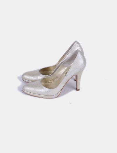 Zapato dorado texturizado Angari