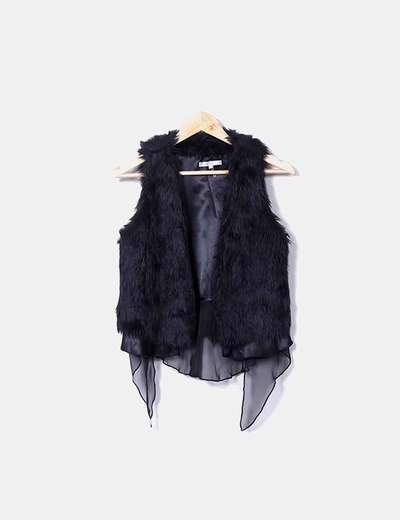 Black fur vest Lucy Paris