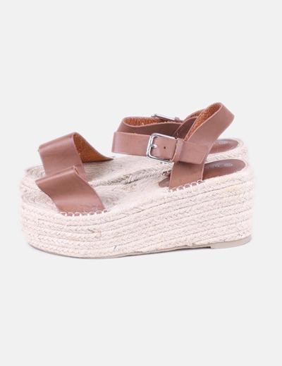 Sandalias plataforma cuero marrón
