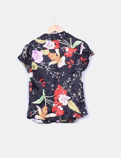 Camisa floral satinada