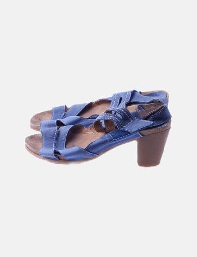 Sandalia azul tacón