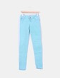 Jeans denim turquesa pitillo Zara