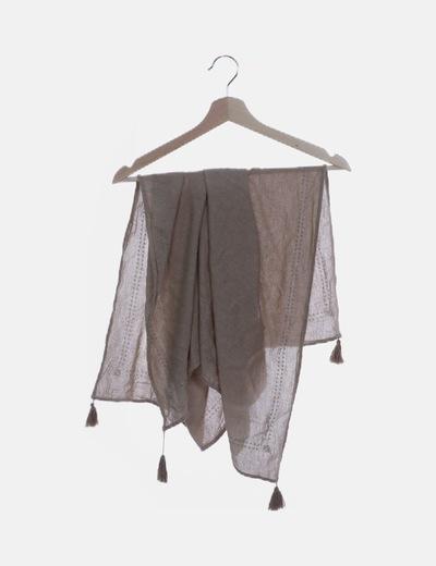 Pañuelo marrón con borlas