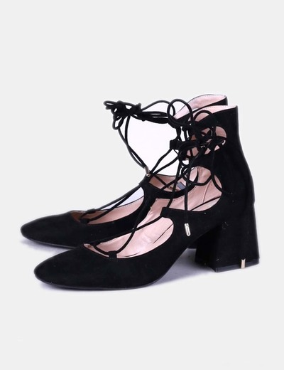 Zapato negro ante lace up Zara