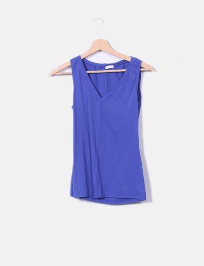 Camiseta azul sin mangas