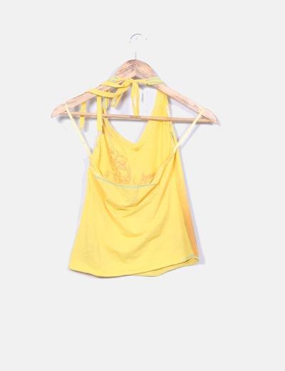 Top amarillo cuello halter