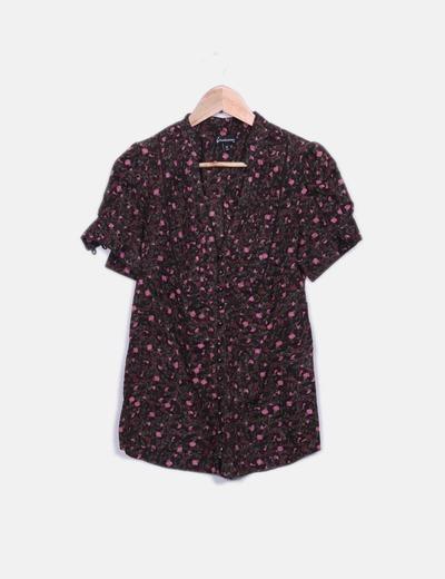 Camisa marrón floral abotonada Stradivarius