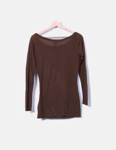 Camiseta marron de manga larga print