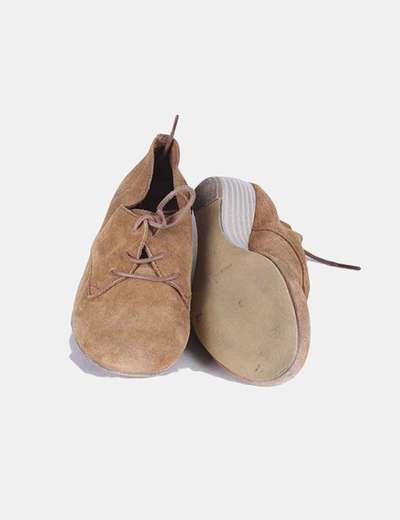 Zapato de ante camel con cuna