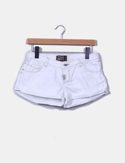 Short blanco Pull&Bear