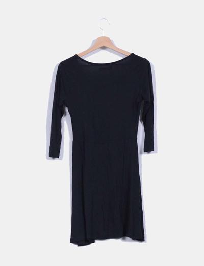 Vestido negro de manga francesa