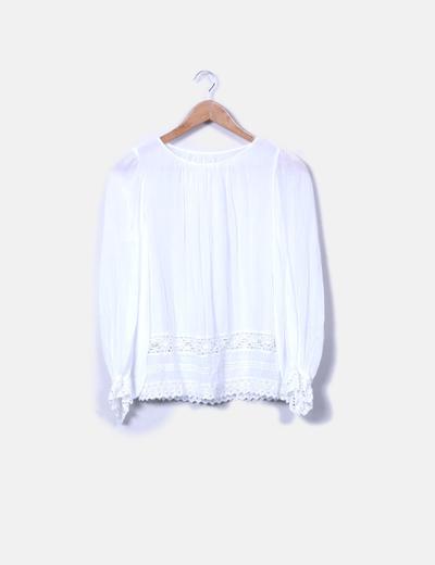 Blusa curda detalle crochet NoName