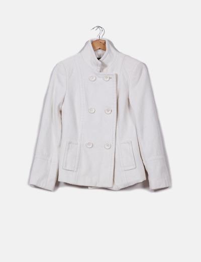 Abrigo corto crudo Zara