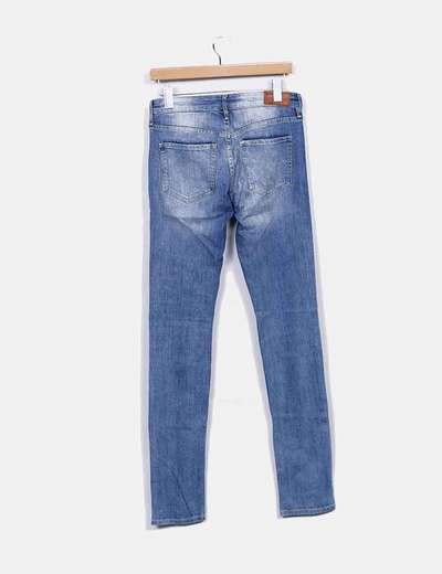 Jeans denim degastado