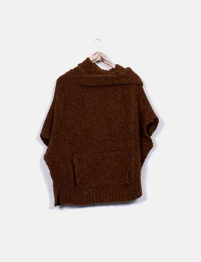 Pull Bear Pull marron à capuche (réduction 84%) - Micolet da0e6468ed52