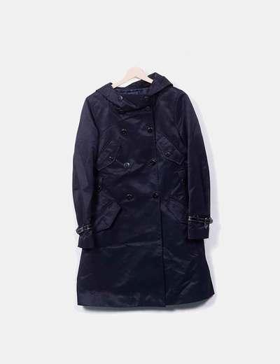 Gabardina negro con capucha detalles manga