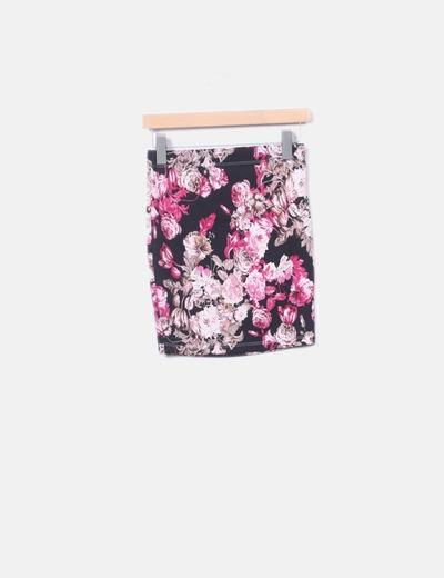 Falda negra estampado flores
