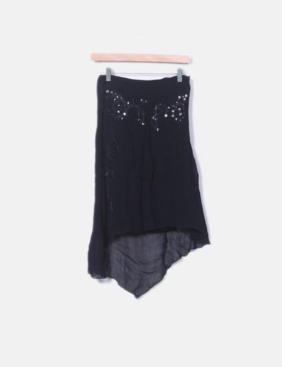 Falda de gasa negra con bordad y lentejuelas