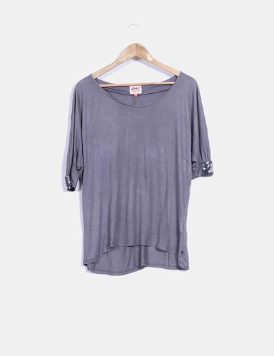 Camiseta gris taupe con paillettes  ONLY