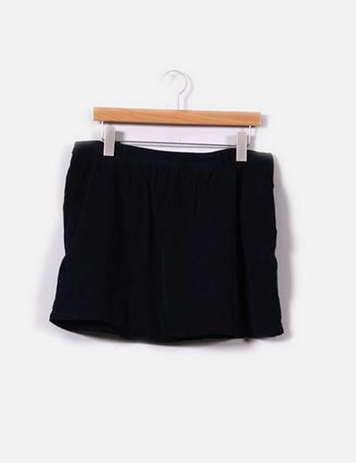 Mini falda de pana azul marina con vuelo Pull&Bear