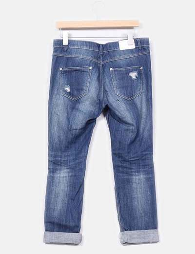 Jeans denim boyfriend con rotos