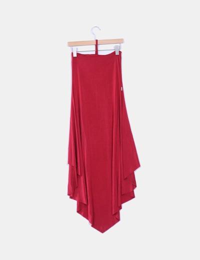 Vestido rojo asimetrico detalle parche