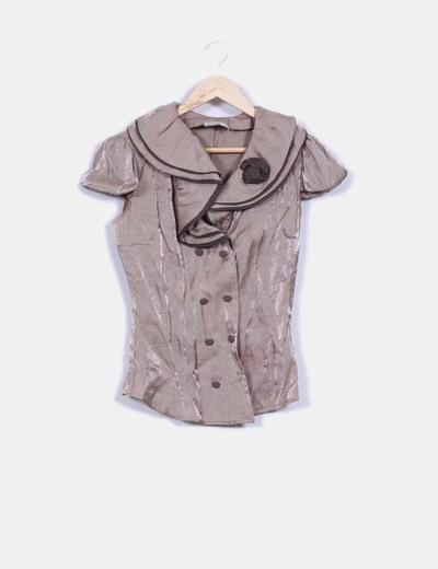 Camisa texturizada efecto satinado detalle cuello avolantado Rinascimento