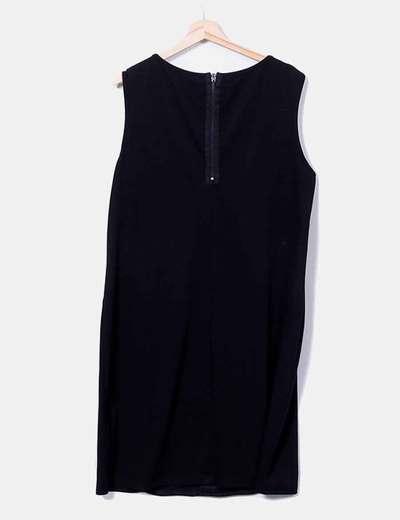 Vestido negro con paillettes