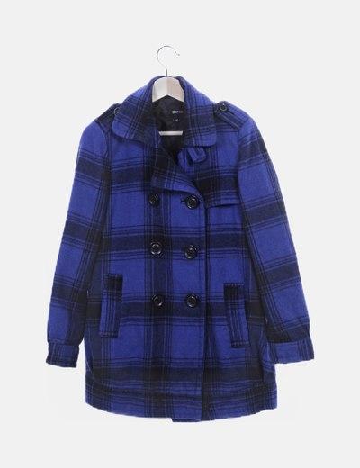 Abrigo de paño azul con cuadros
