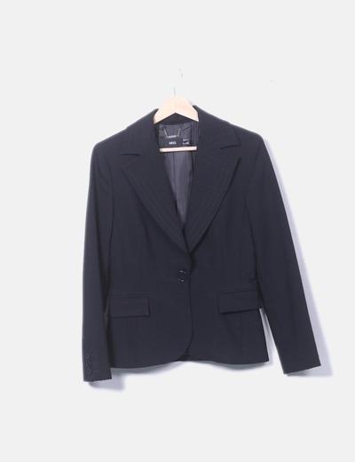 Blazer negra detalle costura