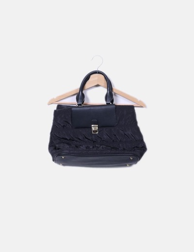 Bolso negro acolchado Zara