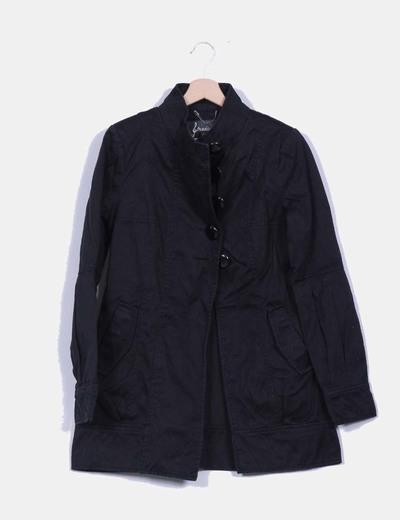 Abrigo negro abotonado Stradivarius