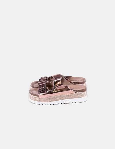 Sandalia plataforma rosa hebillas
